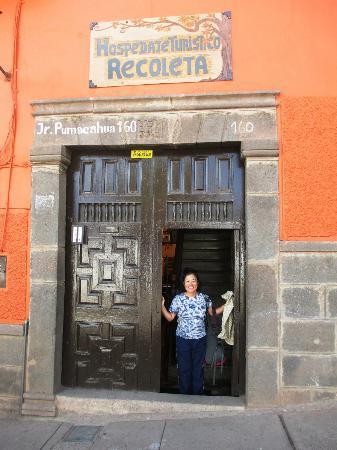 Hospedaje Turistico Recoleta: Guesthouse entrance