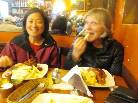 Hospedaje Turistico Recoleta : Eating broasted chicken dinners for 10 soles ($4) each