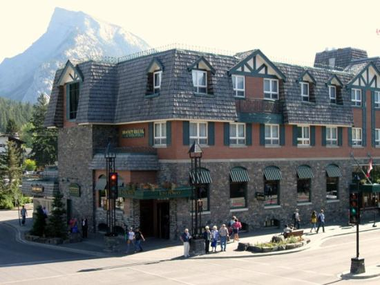 Mount Royal Hotel - TEMPORARILY CLOSED: Mount Royal Hotel in Banff, AB