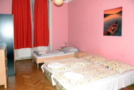 Hotel Apartments Templova Hotel