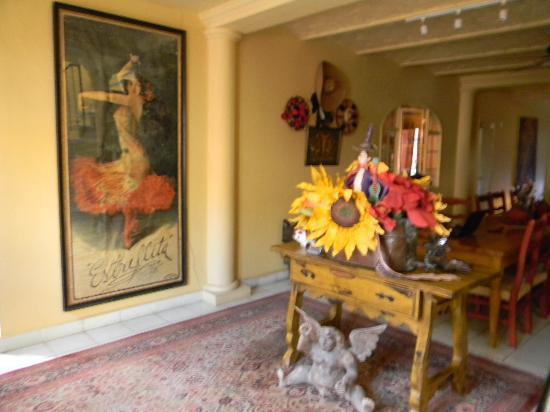 Estrellita's Bed & Breakfast: Dining Room