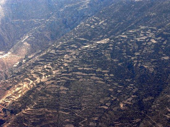 Marcahuasi: Terrassen-Landschaft über San Pedro Casta