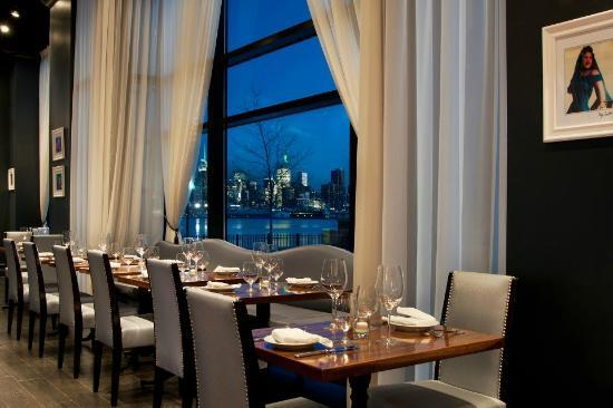 Son Cubano at Port Imperial: .