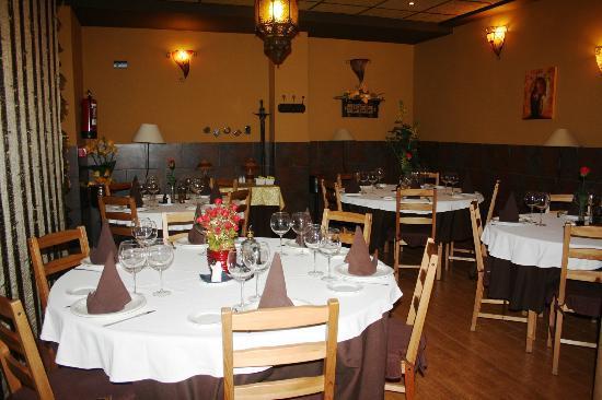 Aparthotel Wellness: Restaurante El Almudin