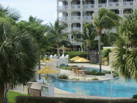 Alexandra Resort: POOL