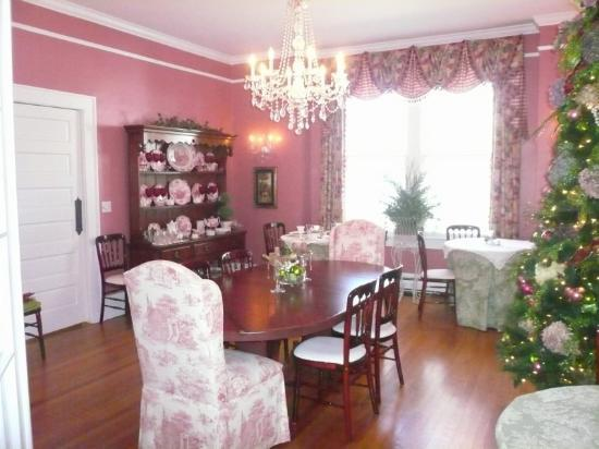 Elizabeth Leigh Inn: Breakfast Dining Room