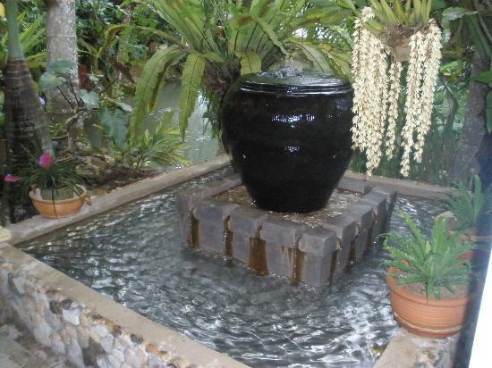 Seri Pengantin Resort: water feature