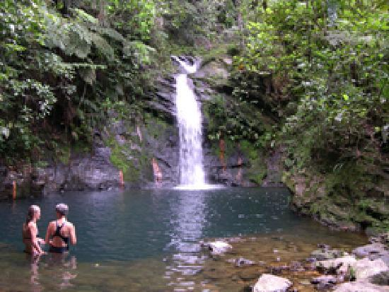Chabil Mar : Hiking to Waterfalls for a Cool Swim