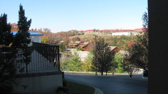 Grand Plaza Hotel Branson: View from Room 321