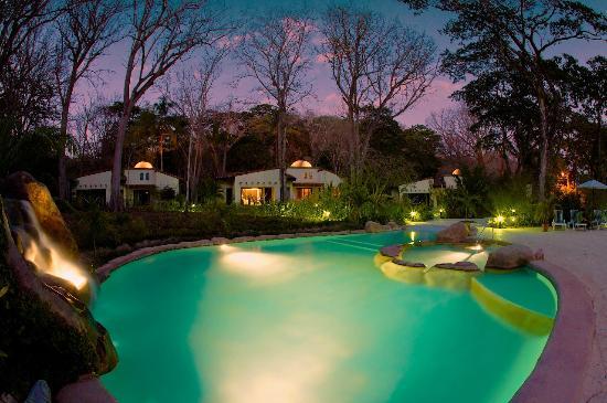 Villas Hermosas: Dusk