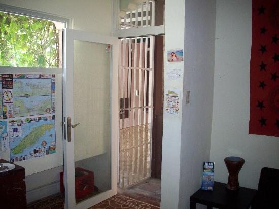 The Palace Hostel: Reception Area