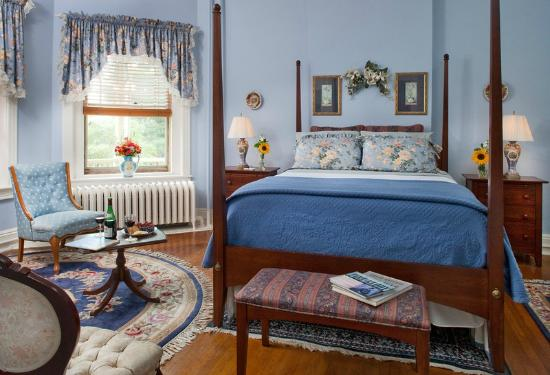 B.F. Hiestand House Bed & Breakfast : Susquehanna Room