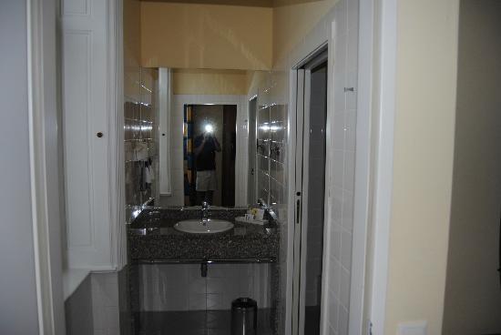 Starlight Suiten III Heumarkt: zona del baño independiente de la ducha