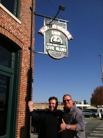 Slippery Noodle Inn: Joe and Gary at the Slippery Noodle