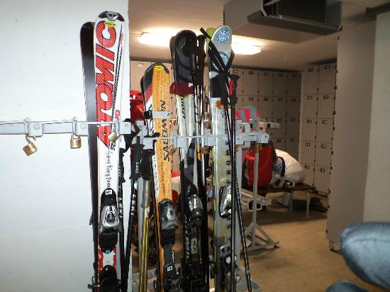 Hotel Sella Ronda: лыжехранилище