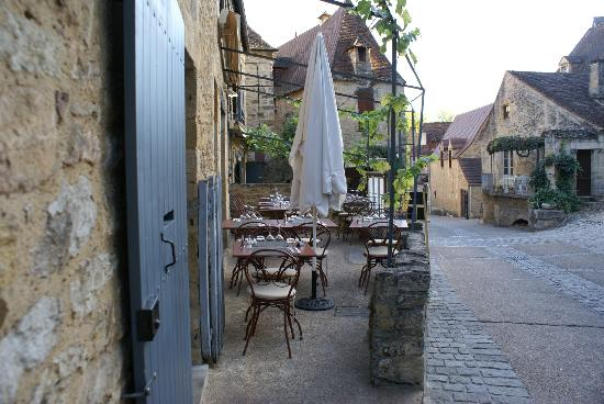 Balcon en Foret - Chambres d'Hotes Dordogne: Village of Beynac