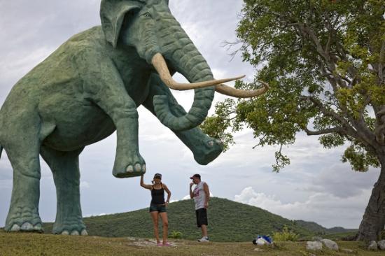 Parque de Baconao: Valle de la Prehistoria, Santiago de Cuba.
