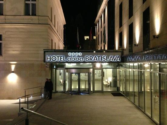 LOFT Hotel Bratislava: Hotel Reception