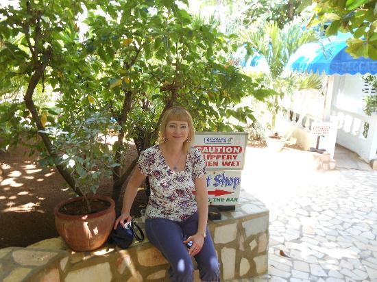 Samsara Cliff Resort: Grounds