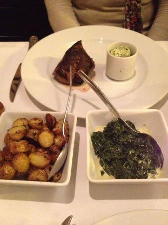 Midtown Grill: Steak and sides