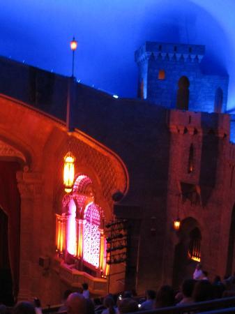 Fox Theatre : Love the castle look inside!