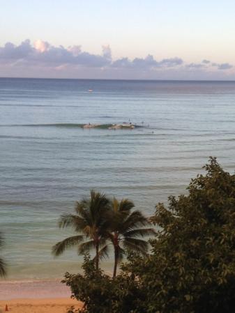 Aston Waikiki Beachside Hotel: view from balcony