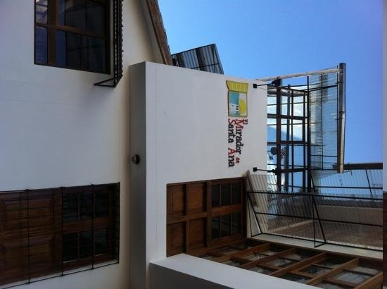 Mirador de Santa Ana: Outside View of the front of the hotel.