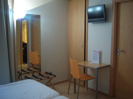 Hotel Arrizul Center: Habitación