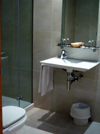 Hotel Arrizul Center: Baño
