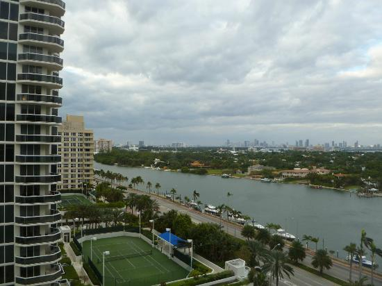 Miami Beach Resort and Spa: View from Room 1416 of Intracoastal