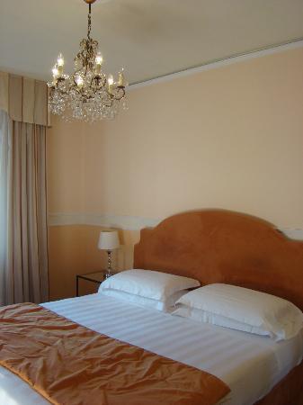 Villa Carlotta Hotel: quarto