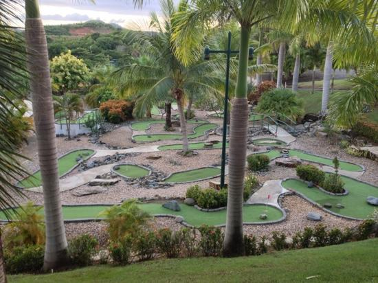 The Fajardo Inn: mini golf