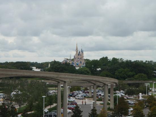Bay Lake Tower at Disney's Contemporary Resort: View