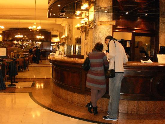 Castelar Hotel & Spa: Recepção