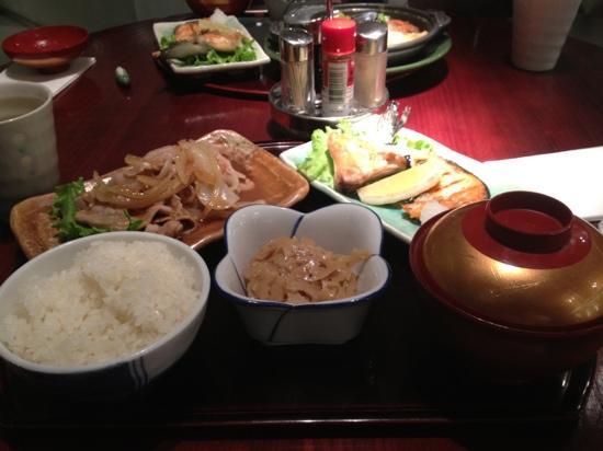 Mugen: 生姜焼き定食