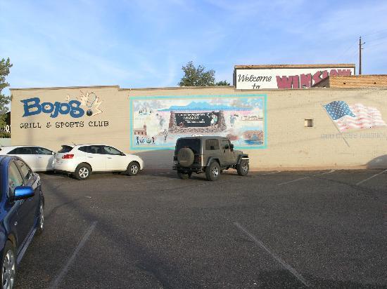 Bojo's Grill & Sports Club: Bojo's