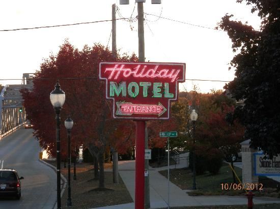 Holiday Music Motel: Neon greeting