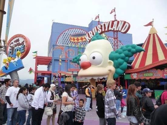 Тематический парк и киностудия Universal Studios Hollywood: Universal studios