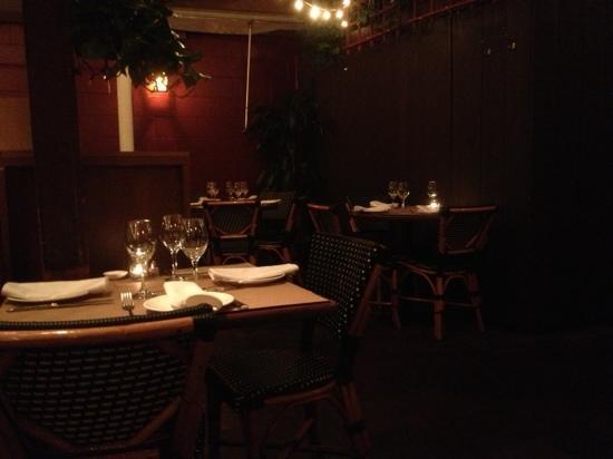 Rose's Cafe: Back room/ backyard