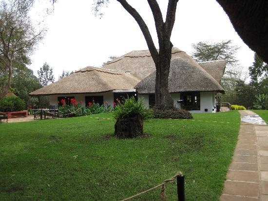 Ngorongoro Farm House, Tanganyika Wilderness Camps: Dining room and lounge buildings