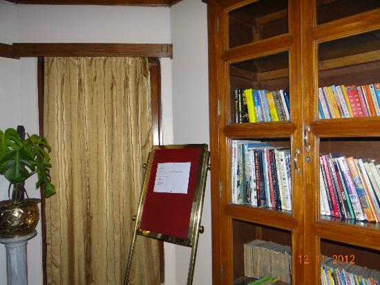 Cedar Inn: the library