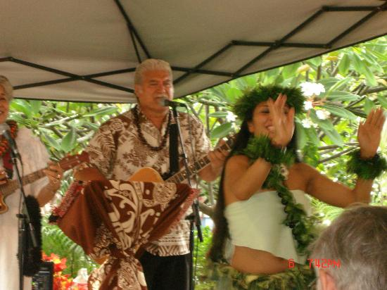 Wyndham Kona Hawaiian Resort: Live entertainment