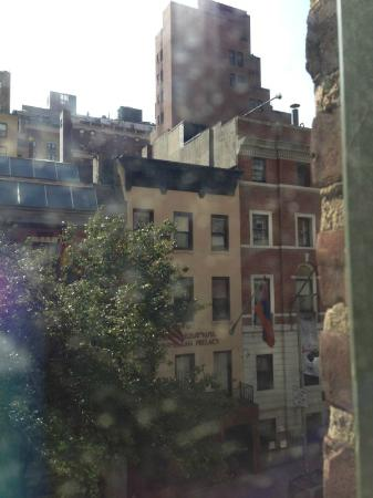 Pod 39 Hotel: View of E. 39th St. from room