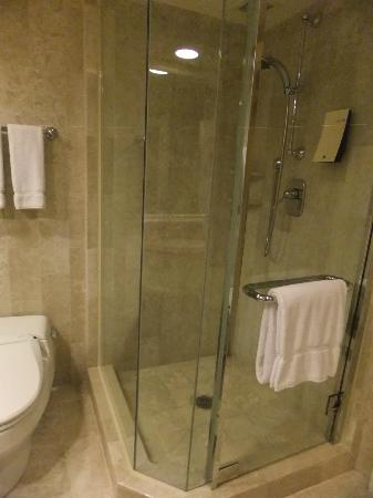The Sherwood Taipei : shower area