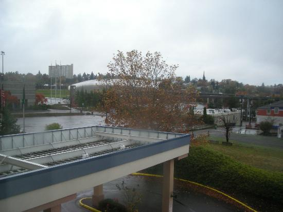 Best Western Plus Tacoma Dome Hotel: View from room