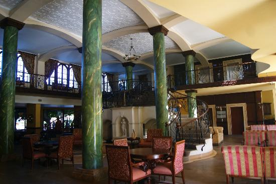 Jewel Dunn's River Beach Resort & Spa: Lobby