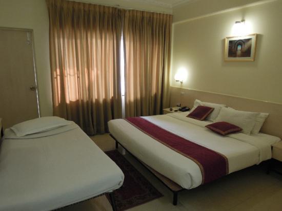 Grand Hotel Agra: 客室