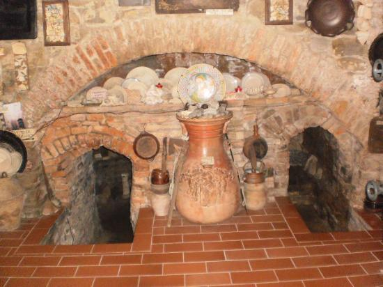 Antica Fornace Deruta: Fornace Baiano