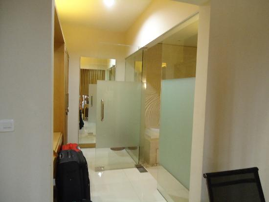 The Jineng Villas: bathroom