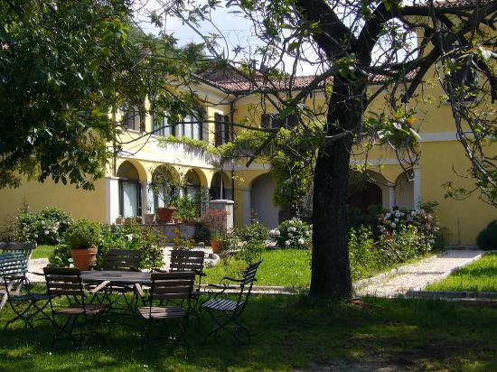 Besazio, Switzerland: B&B La Villa - The beauty of an old Manor House